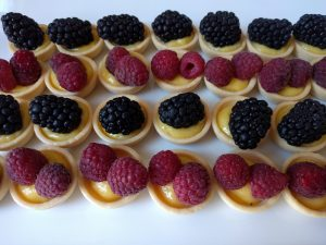 lemon-curd-and-berries-1